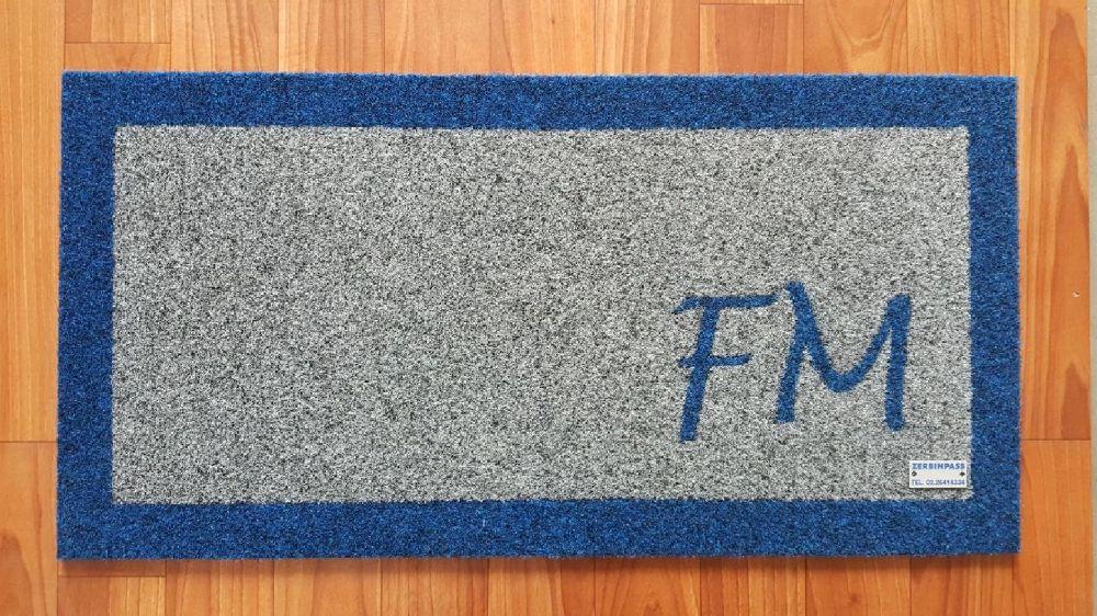 zerbin 355c grigio chiaro e personalizzazione fm +bordo colore 357 blu