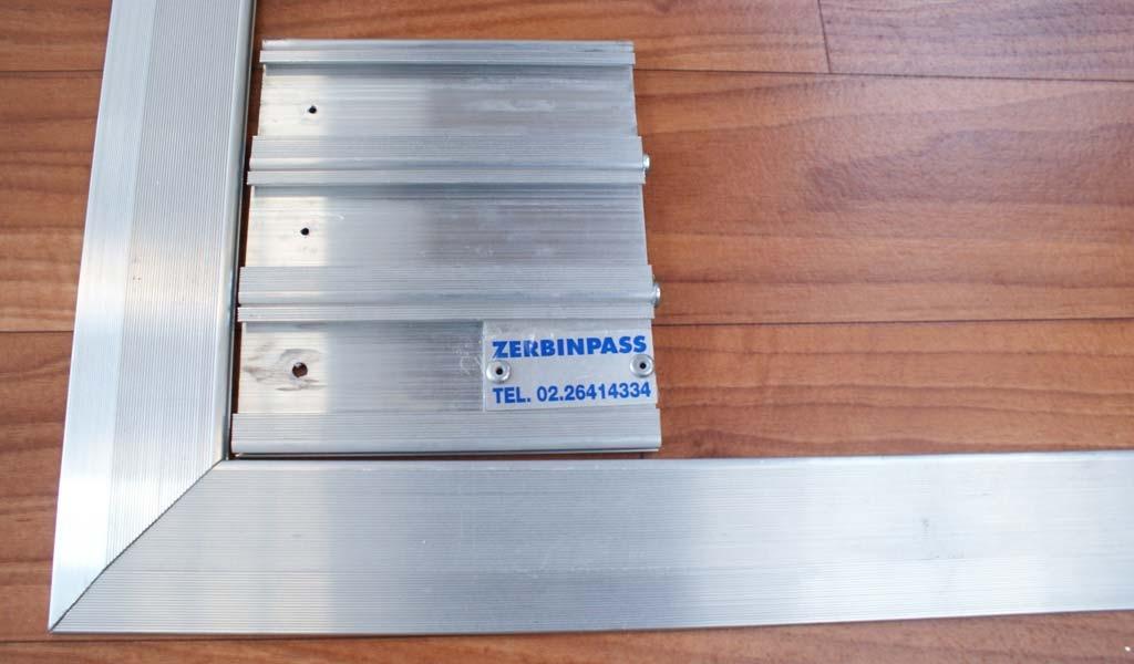 Zerbino in alluminio solo struttura con rampa in alluminio
